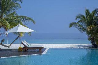 Hotel Adaaran Select Meedhupparu Pool