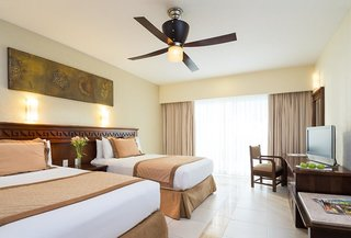 Hotel Bluebay Grand Esmeralda Wohnbeispiel