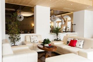 Hotel Alpina Resort Nature & Wellness Wenns Lounge/Empfang