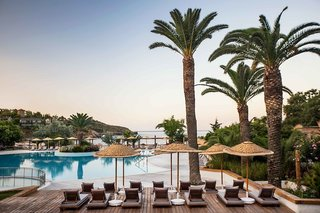 Hotel Club Marvy by Paloma Pool