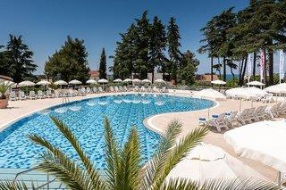 Hotel Pinia Hotel by Valamar Pool
