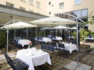 Hotel NH Köln Altstadt Terasse