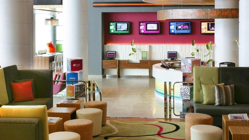 Abu Dhabi ab 498 € 1
