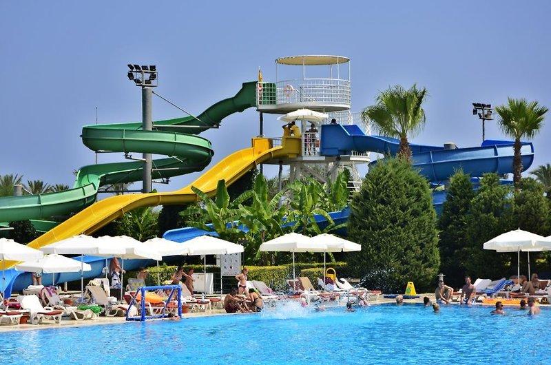 Antalya - Lara Beach ab 296 € 6
