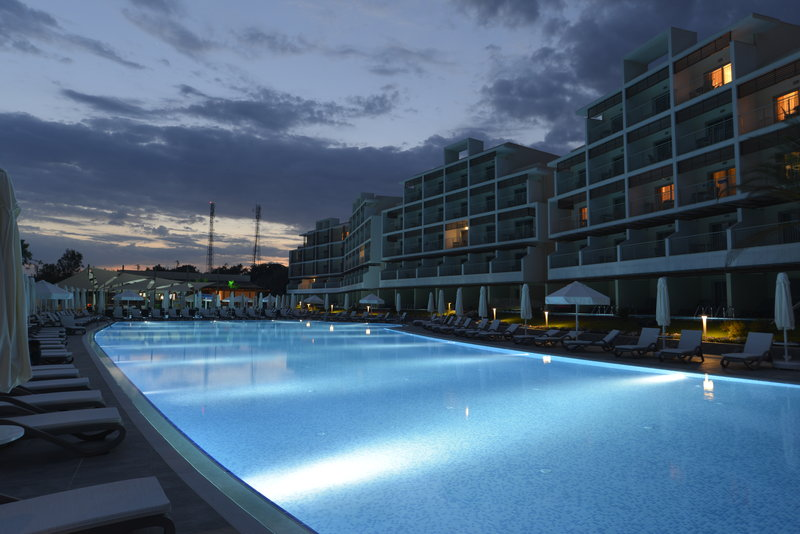 TUI SENSATORI Resort Turkey Pool