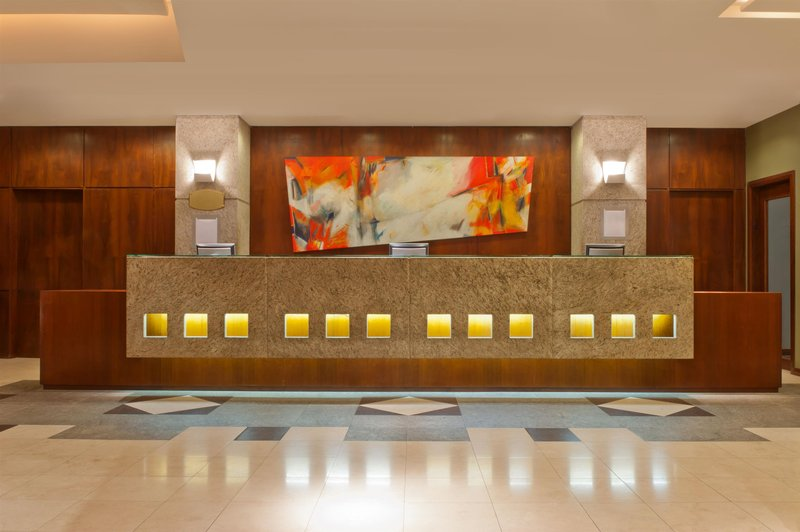 Four Points by Sheraton Curitiba Lounge/Empfang