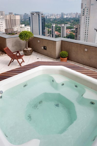 TRYP Sao Paulo Jesuino Arruda Hotel Pool