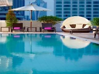 Phachara Suites Pool