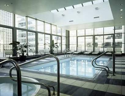 Hilton Garden Inn Chicago Downtown Magnificent Mile Pool