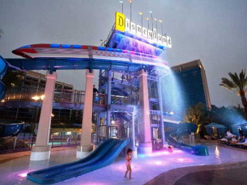 Disneyland Hotel Anaheim Pool