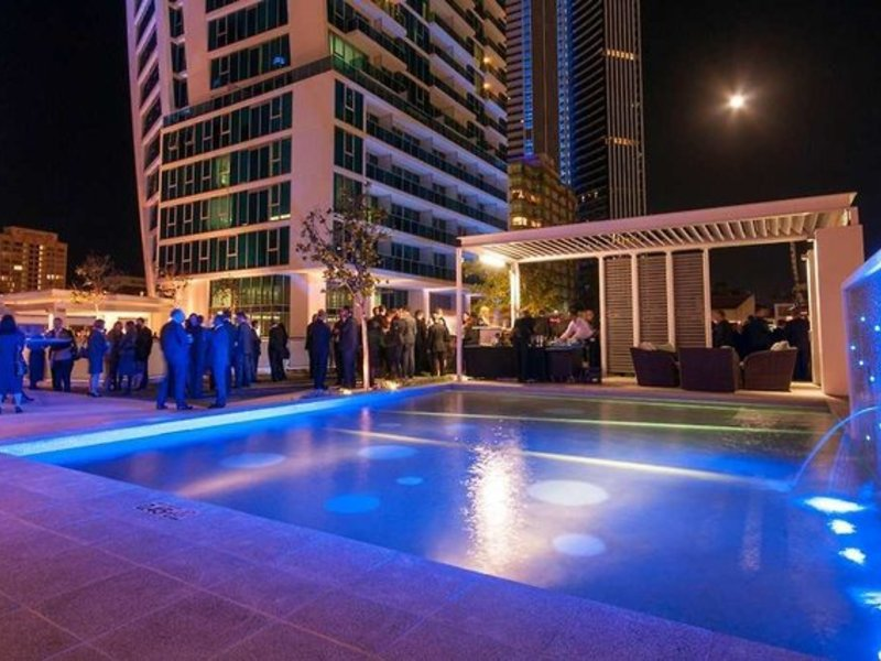 Hilton Surfers Paradise Residences Pool