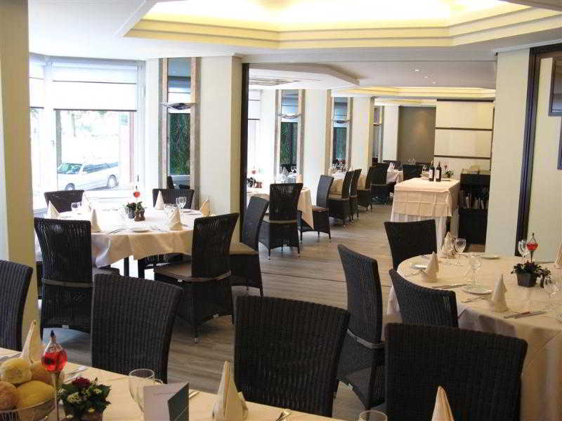 Best Western County House of Brussels Restaurant