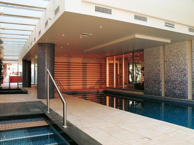 Oaks Liberty Towers Pool