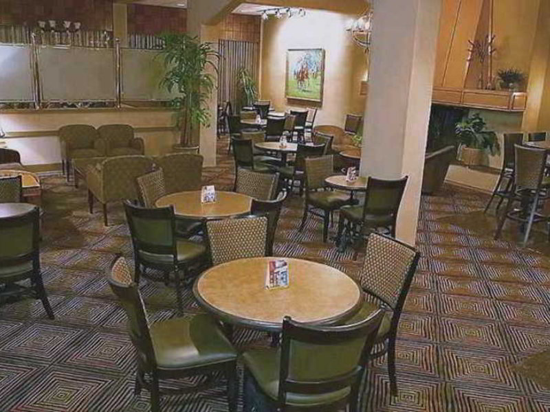 Embassy Suites by Hilton Dallas Market Center Lounge/Empfang