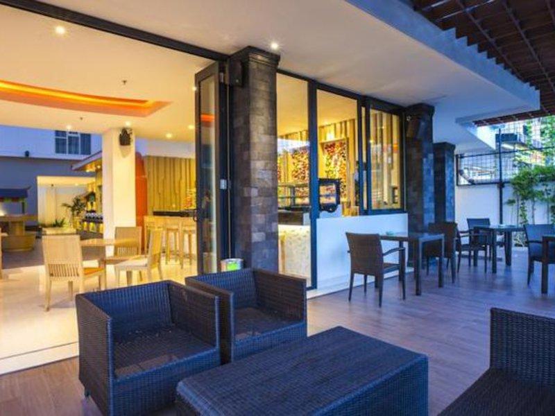 Harris Hotel Raya Kuta Lounge/Empfang
