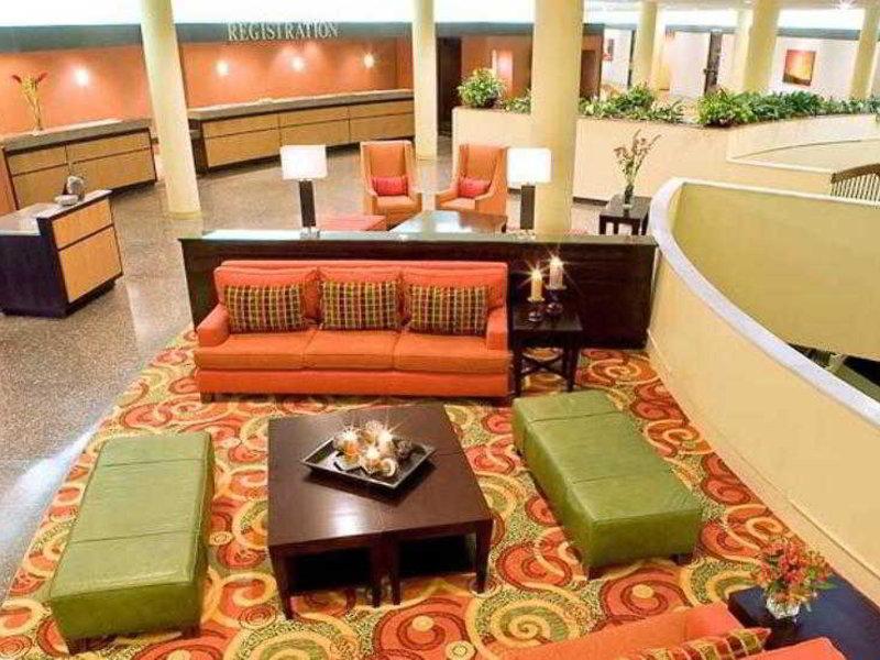 Houston Marriott Airport at George Bush Intercontinental Restaurant