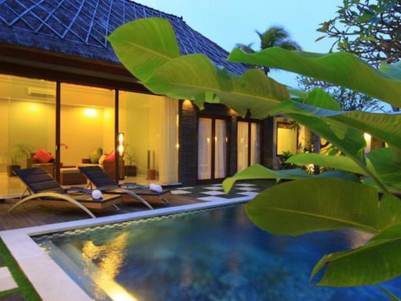 Abi Bali Villa Resort & Spa Hallenbad