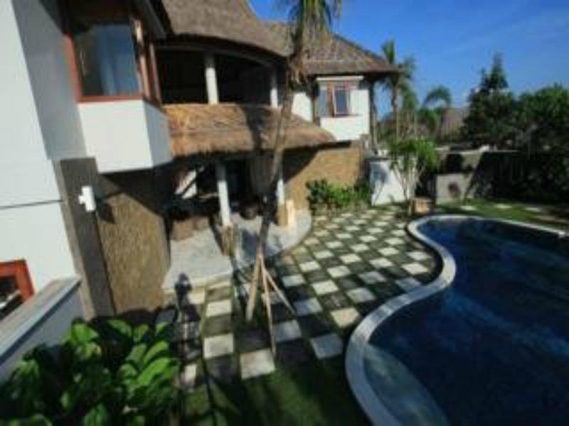 Abi Bali Villa Resort & Spa Außenaufnahme