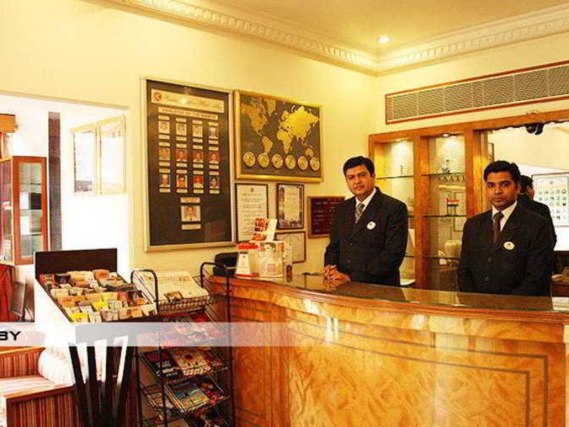 Ramee Guestline Khar Lounge/Empfang