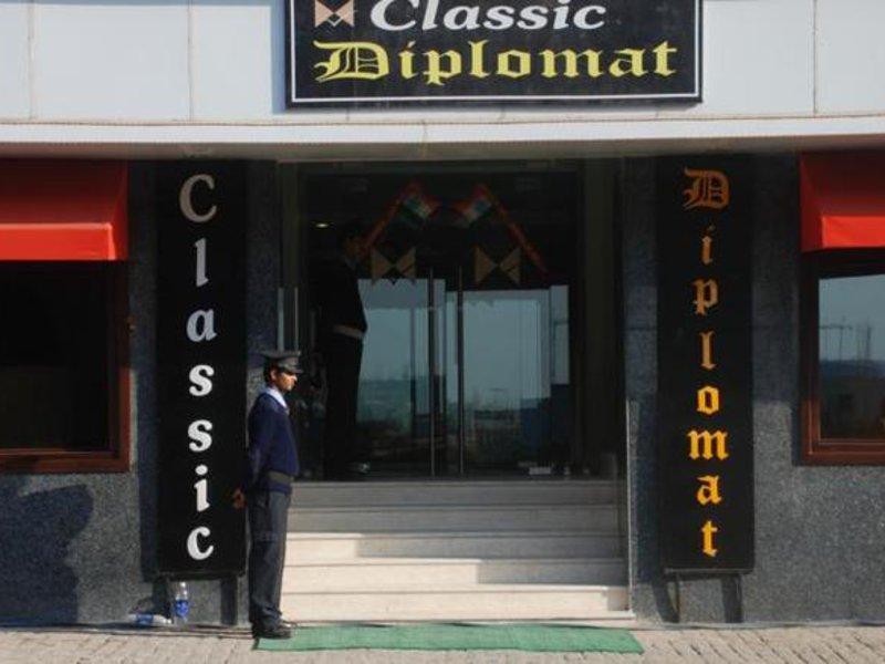 Classic Diplomat Außenaufnahme