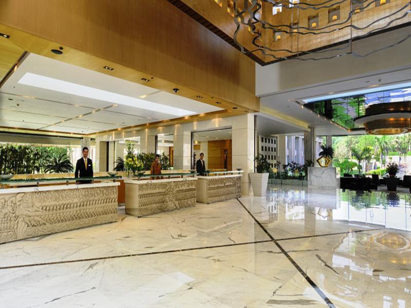 The Grand New Delhi Lounge/Empfang