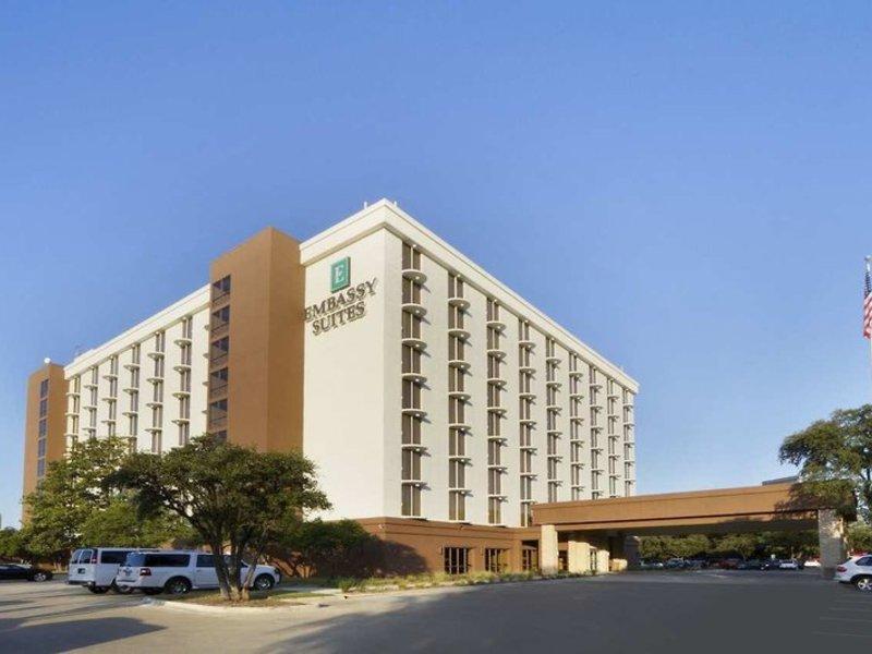 Embassy Suites by Hilton Dallas Market Center Außenaufnahme