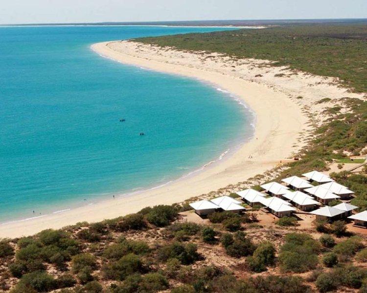 Ramada Eco Beach Strand