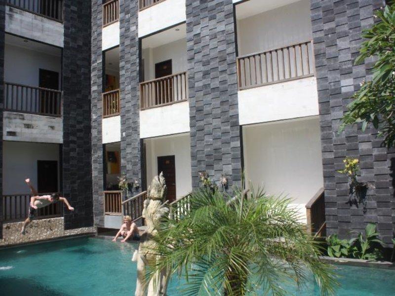 Mamo Hotel Uluwatu Außenaufnahme