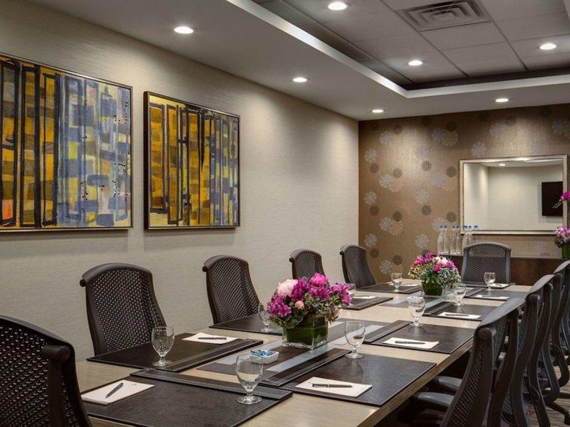 Embassy Suites by Hilton Dallas Love Field Konferenzraum