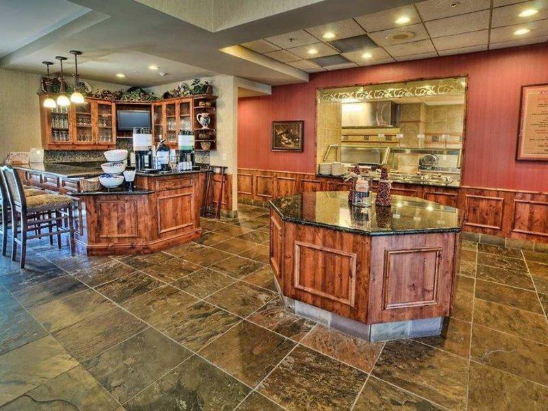 Hilton Garden Inn Boise Eagle Restaurant