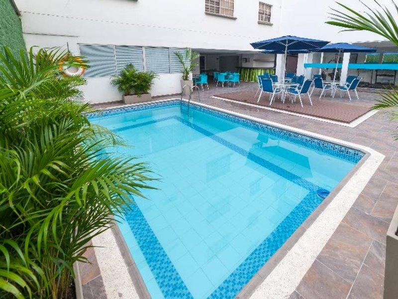 Vizcaya Real Pool