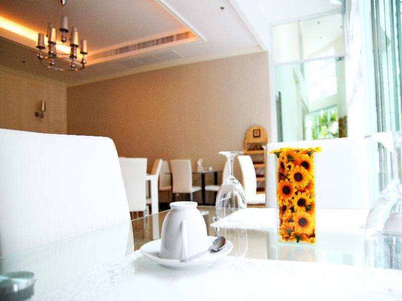 Bless Residence Restaurant