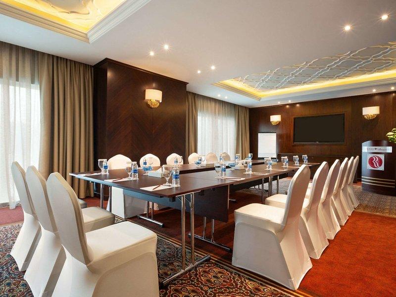 Ramada by Wyndham Manama City Centre Konferenzraum