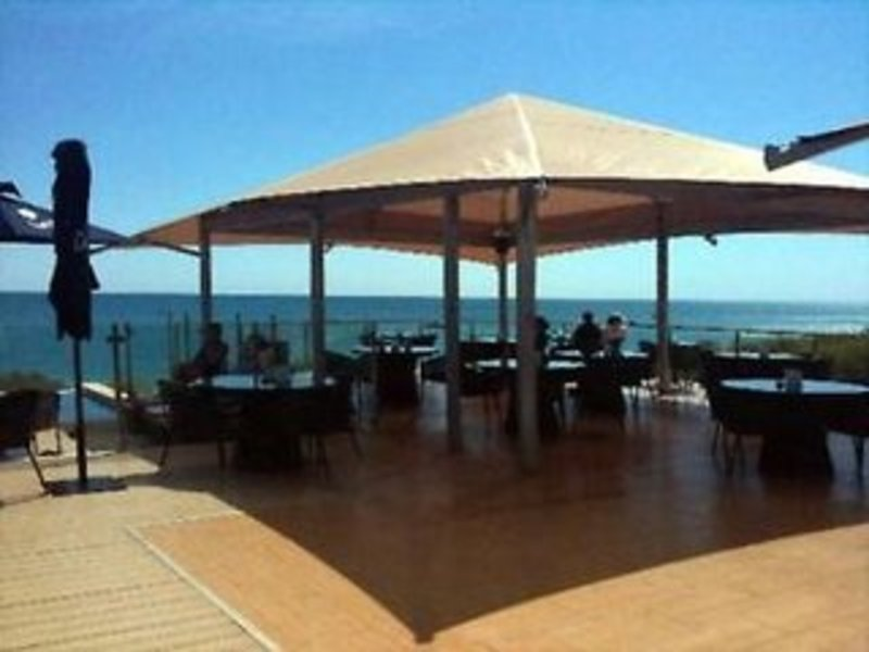 Ramada Eco Beach Terrasse