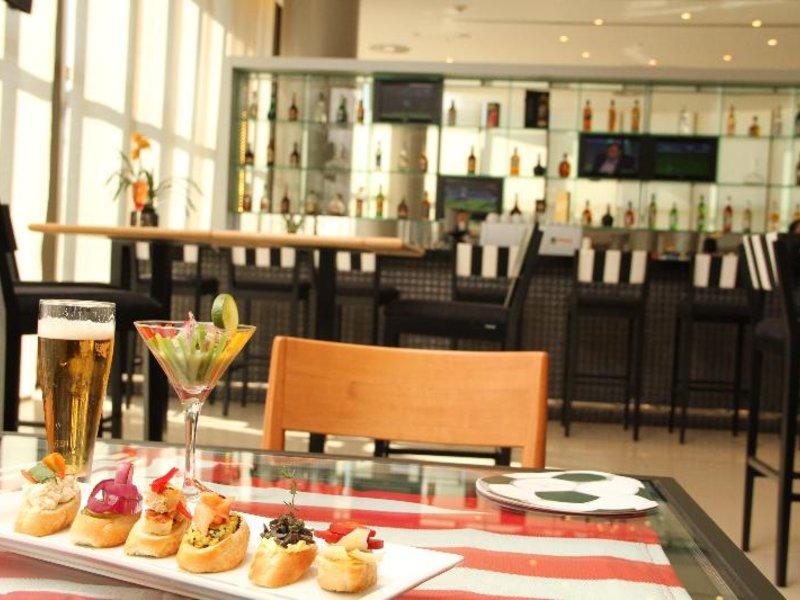 Bourbon Conmebol Asuncion Convention Hotel Restaurant