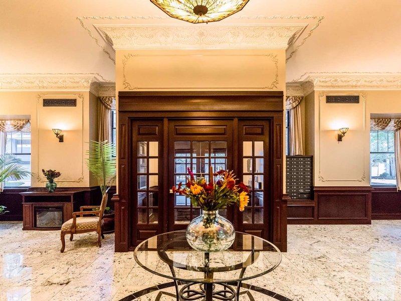Dewitt Hotel & Suites Lounge/Empfang