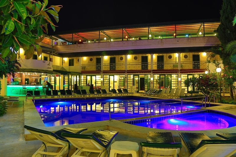 Bodrum Skylife Hotel Pool