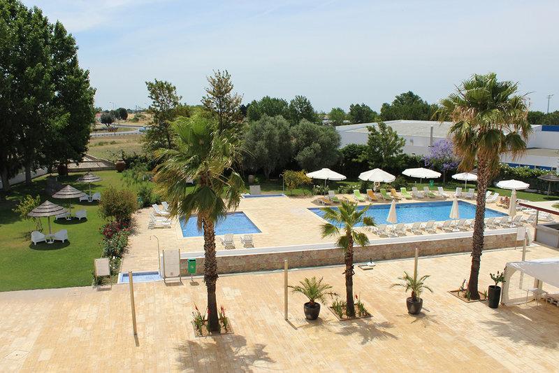 BejaParque Hotel Pool