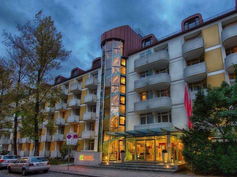 Leonardo Hotel & Residenz MünchenAuߟenaufnahme