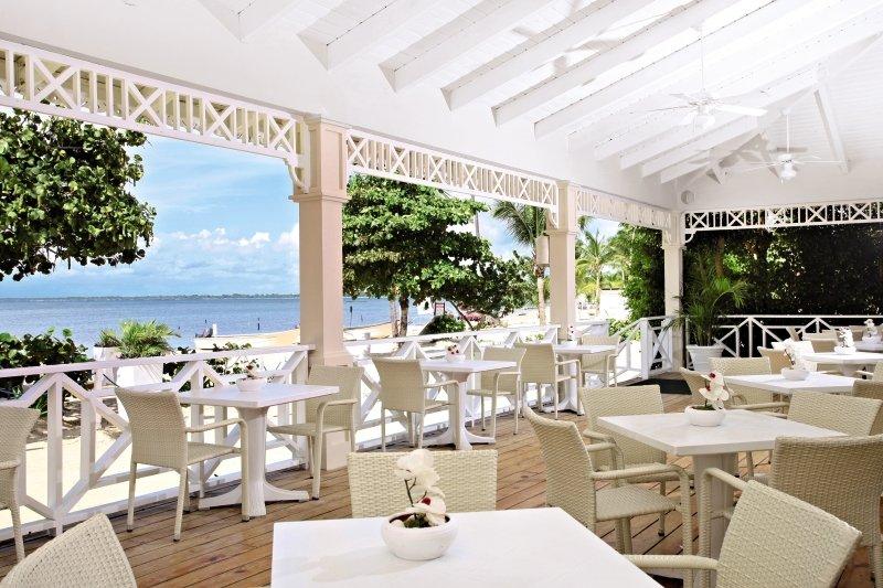 Grand Bahia Principe La RomanaBar