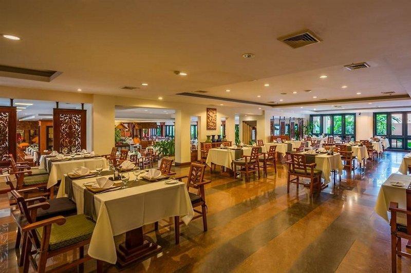 Angkor Miracle Resort & Spa Restaurant