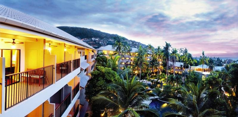 Novotel Phuket Surin Beach ResortLandschaft