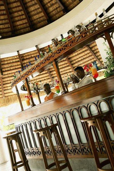 Casuarina Resort & SpaBar