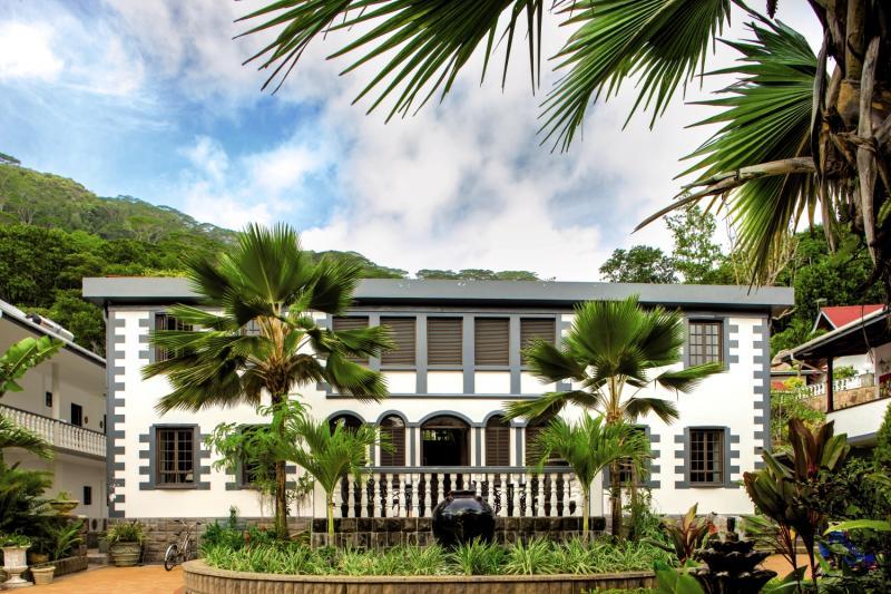 Chateau St.CloudAuߟenaufnahme