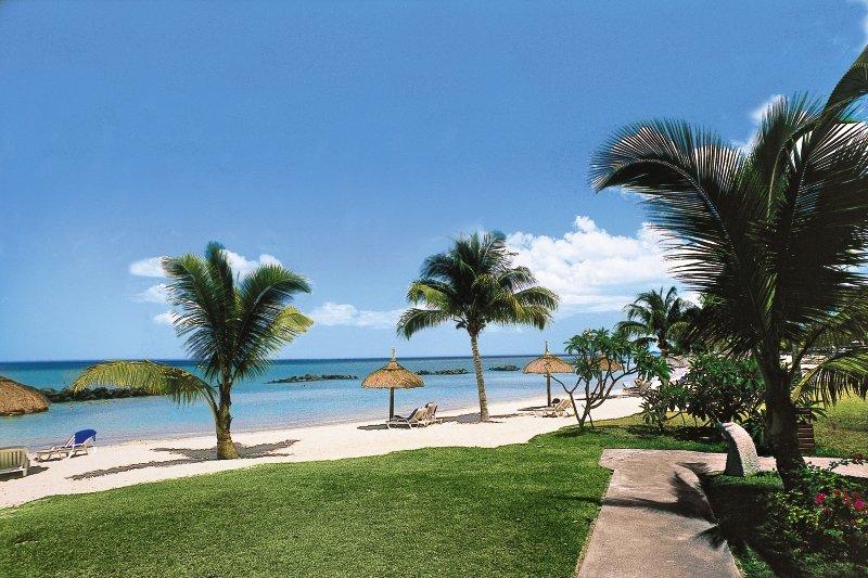 Sands Suites Resort & SpaStrand