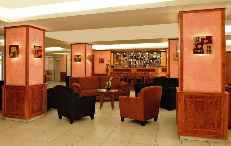 Atlas City Bar
