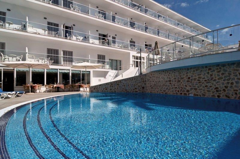 Eix Alcudia - Erwachsenenhotel Pool