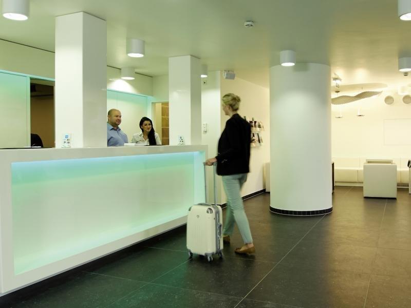 HB1 Design & Budget Hotel Wien-Schönbrunn Lounge/Empfang