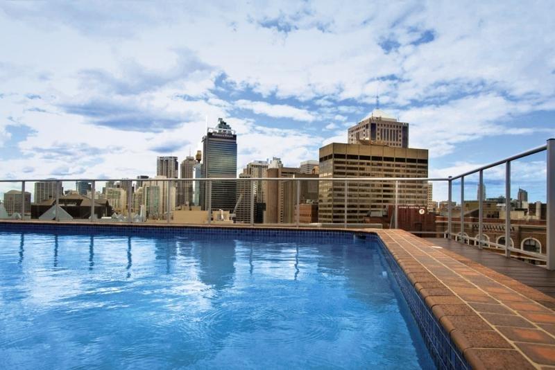 Rendezvous Studio Hotel Sydney Central Pool