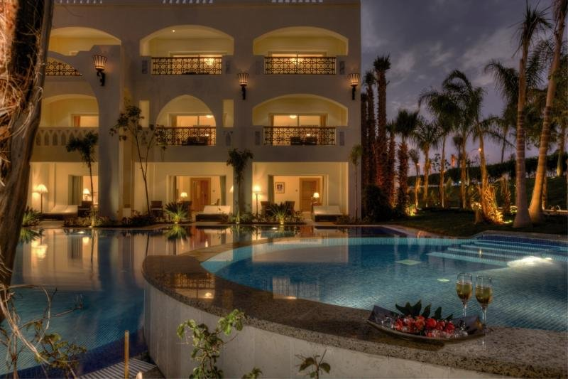 Le Royale Collection Luxury Resort  Pool